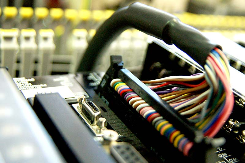 ELEKTRON AUTOMATION </br> INDUSTRIAL INNOVATION